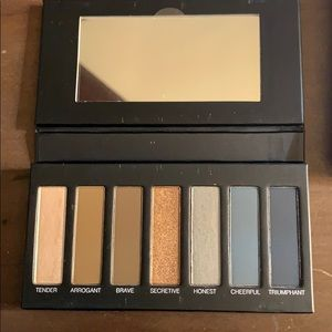 New Younique eyeshadow pallet #4